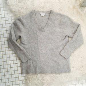 Club Monaco Cozy V Neck Cashmere Sweater